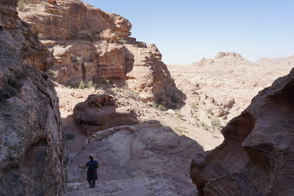Trekking de Pequeña Petra a El Monasterio de Petra