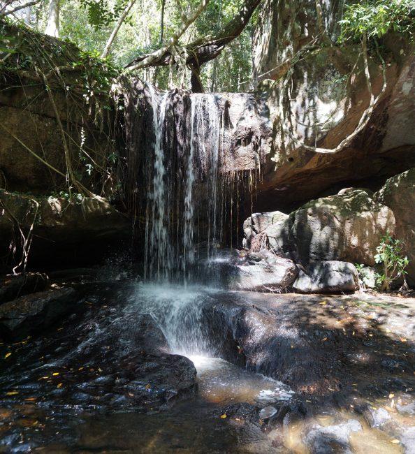 Cascada en Kbal Spean