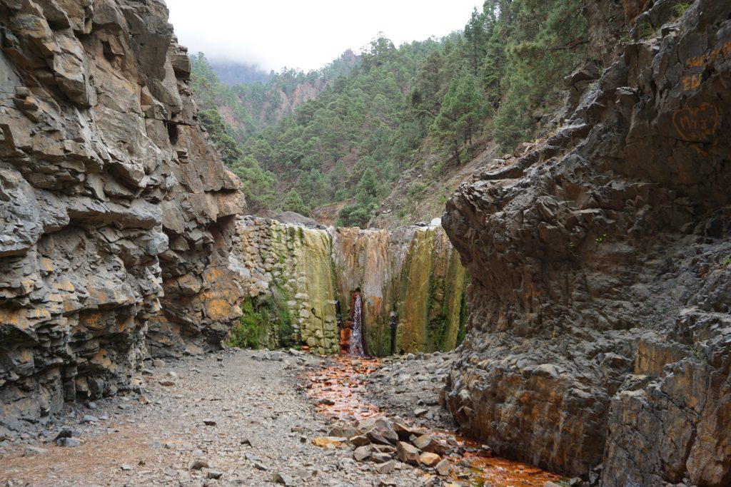 Cascada de colores, Parque Nacional de la Caldera de Taburiente, Isla de La Palma