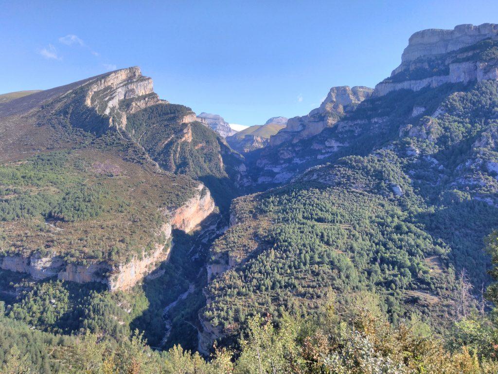 Pirineos, Cañón de Añisclo al amanecer