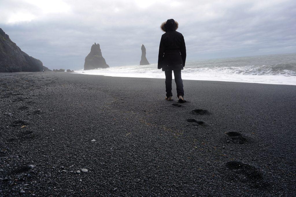 Reynisfjara, la playa negra