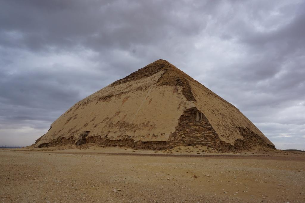 Pirámide acodada, Egipto