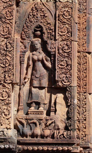 Devata Banteai Srei
