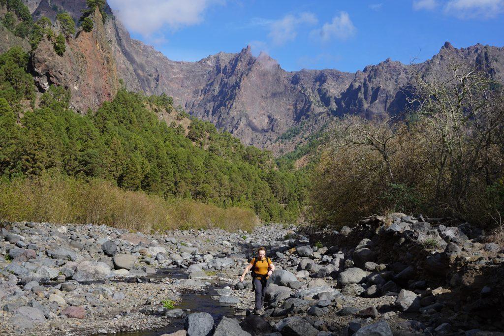 Mi super mamá cruzando el río, Caldera de Taburiente, La Palma