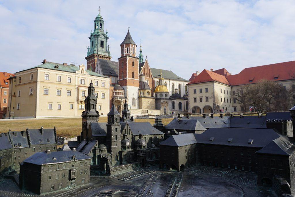 Colina Wavel: Castillo y Catedral de Cracovia