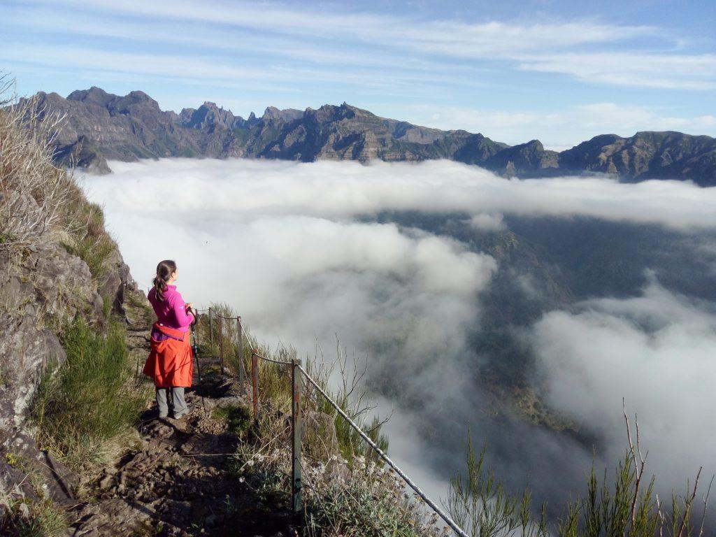 Mar de nubes en el Caminho do Pináculo e Folhada, Madeira