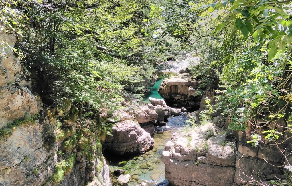 Parque Nacional de Ordesa y Monte Perdido, pozas en el río Bellos, Cañón de Añisclo
