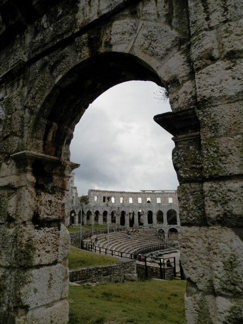 Anfiteatro de Pula, Península de Istria, Croacia.