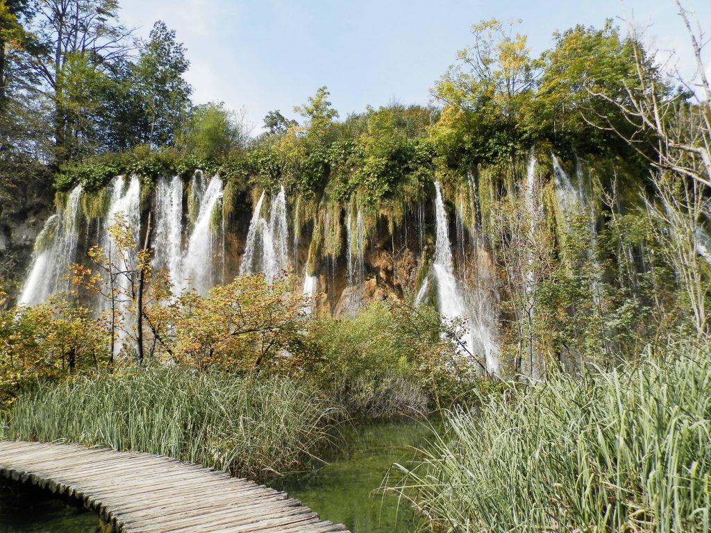 Pasarelas en el Parque Nacional de Plitvice, Croacia